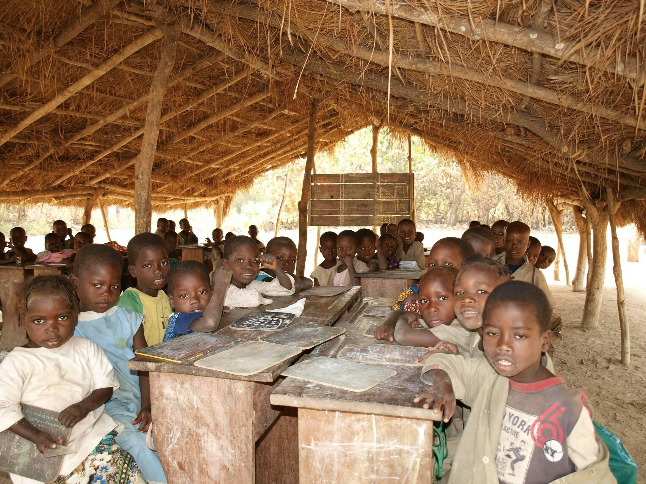Schulbau in Carrefour
